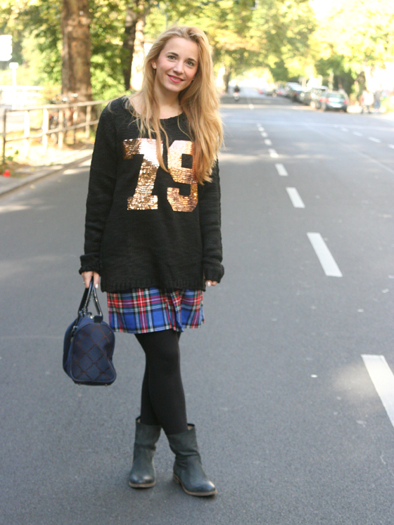AJC Oversize Pullover 79 Outfit 02