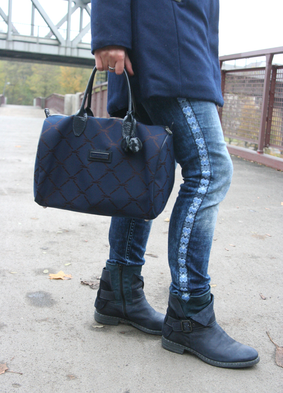 Outfit Blauer Mantel 06