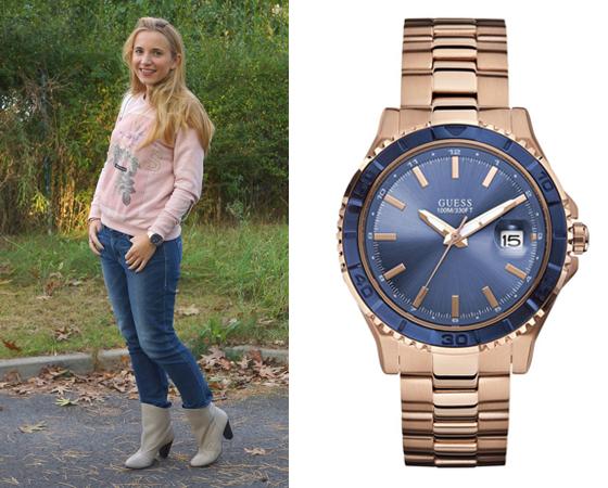 Outfit Guess Uhr blaues Ziffernblatt