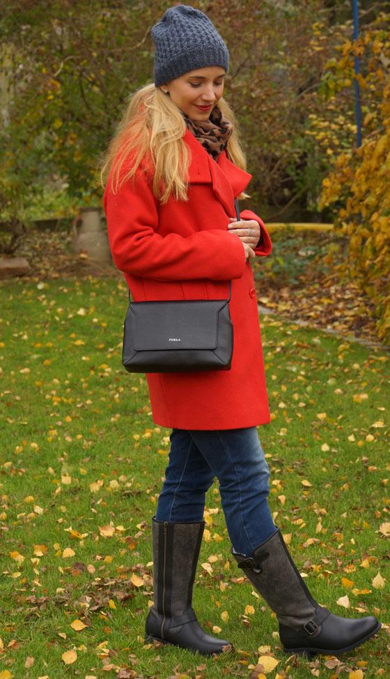 UGG Australia Boots und Furla Tasche Outfit 04