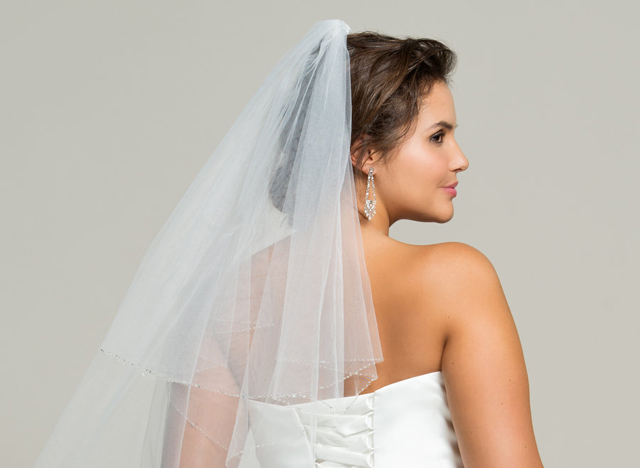 Brautkleider für kurvige Frauen bei Navabi 01