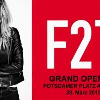 F21 RED Store Eröffnung in Berlin Deutschland