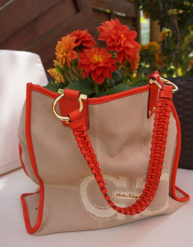 Bag2Peace Bepflanzte Handtaschen helfen Flüchtlingskindern 02