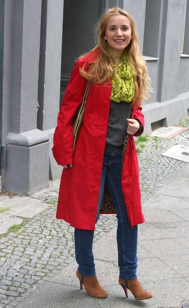 Outfit Roter Sommermantel 02