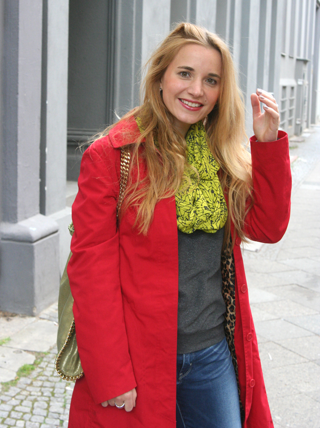 Outfit Roter Sommermantel 03