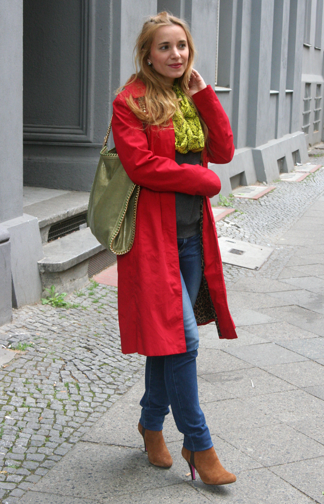 Outfit Roter Sommermantel 04