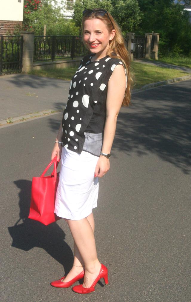 European Culture Outfit 03