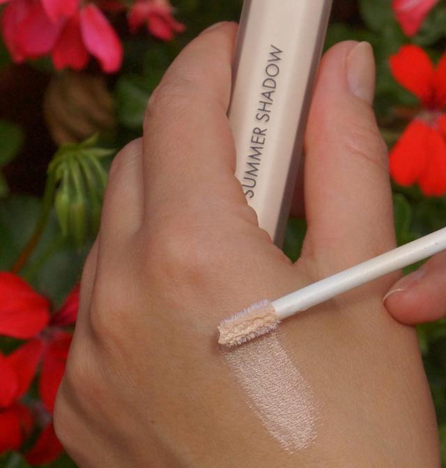 Guerlain Cream Eye Shadow - Summer Shadow White Sand 03