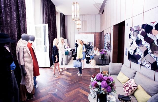 GINA TRICOT Fashion Suite 02
