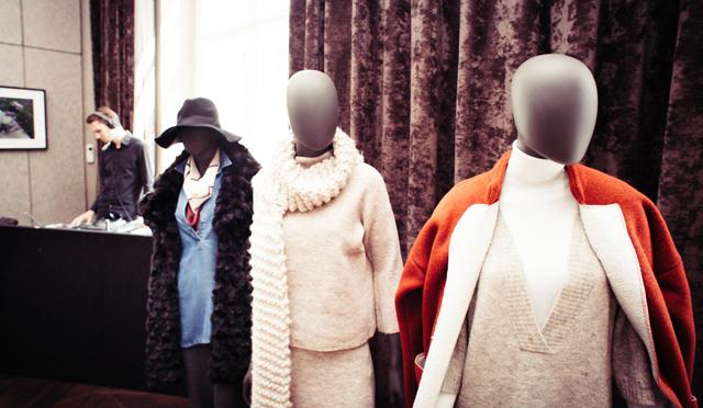 GINA TRICOT Fashion Suite 09