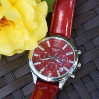 Knallrote Casio Sheen Uhr 01