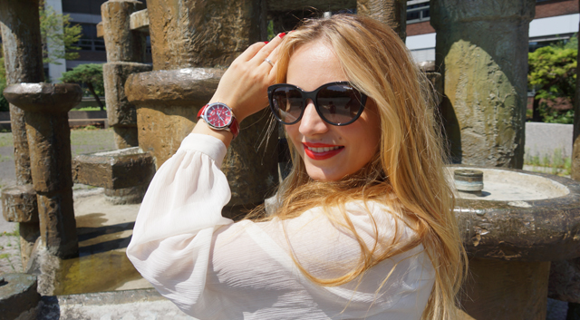 Outfit Sheen Uhr rot 01
