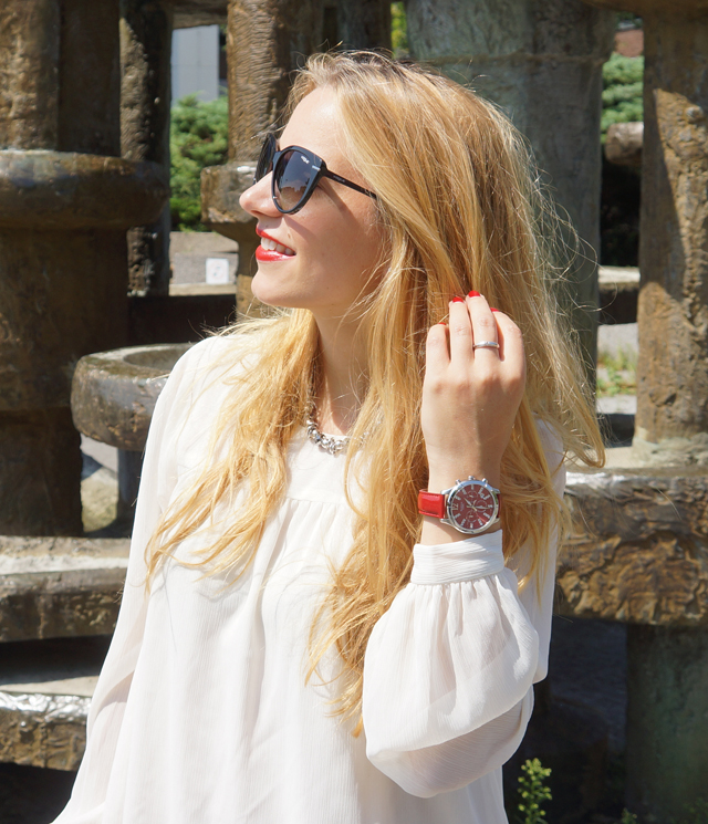 Outfit Sheen Uhr rot 05