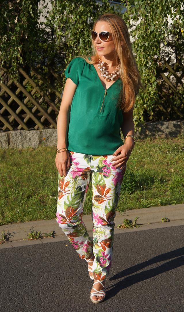 Outfit Blumenhose Daria 02