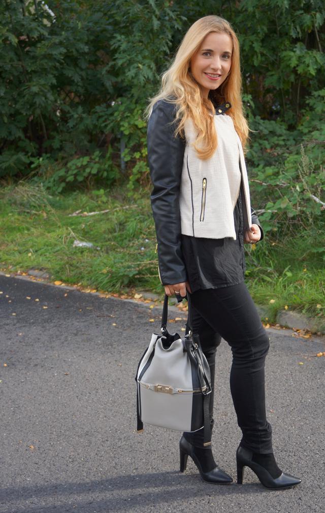 Outfit Furla Bucket Bag 03