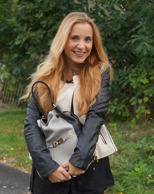 Outfit Furla Bucket Bag 10