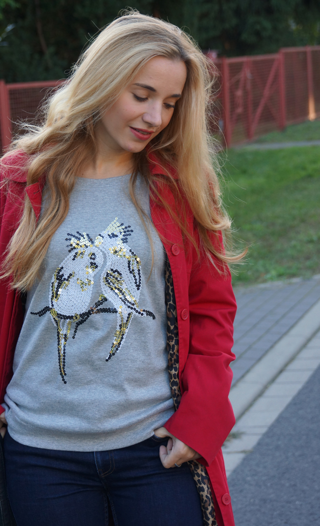Outfit Pailletten-Papagei-Pullover AJC 05