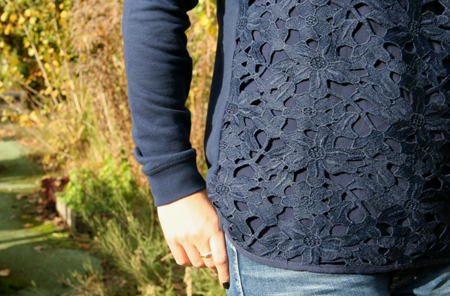 Outfit Boden Pullover mit Spitze 04