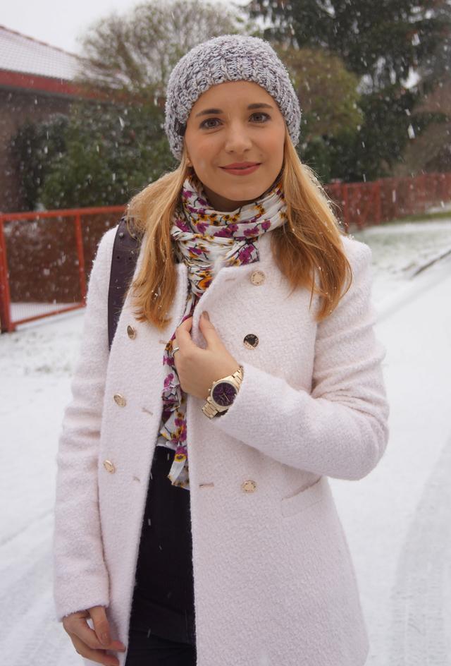 Outfit Weiß wie Schnee Caravelle New York Uhr 02