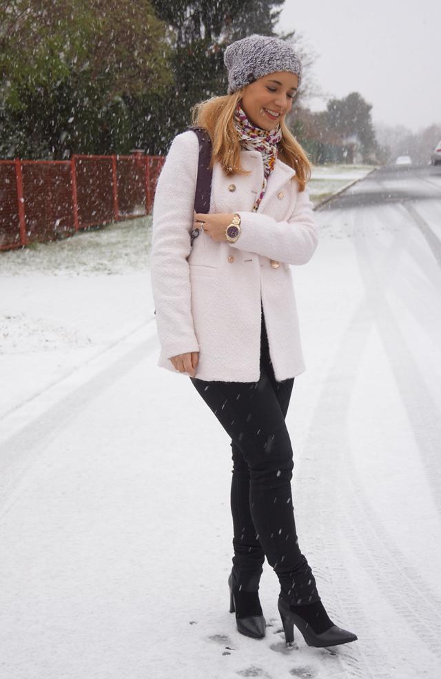 Outfit Weiß wie Schnee Caravelle New York Uhr 03