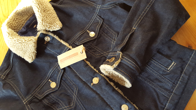 Cross Jeans Jeansjacke mit Fellrand Gewinnspiel