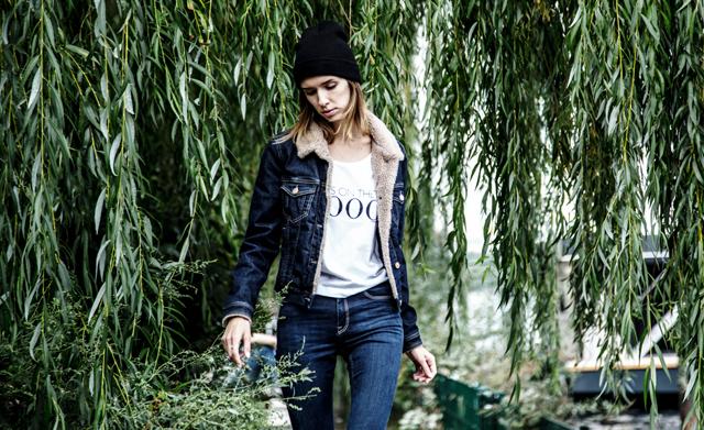 Stylishe Jeansjacke von Cross Jeans 01