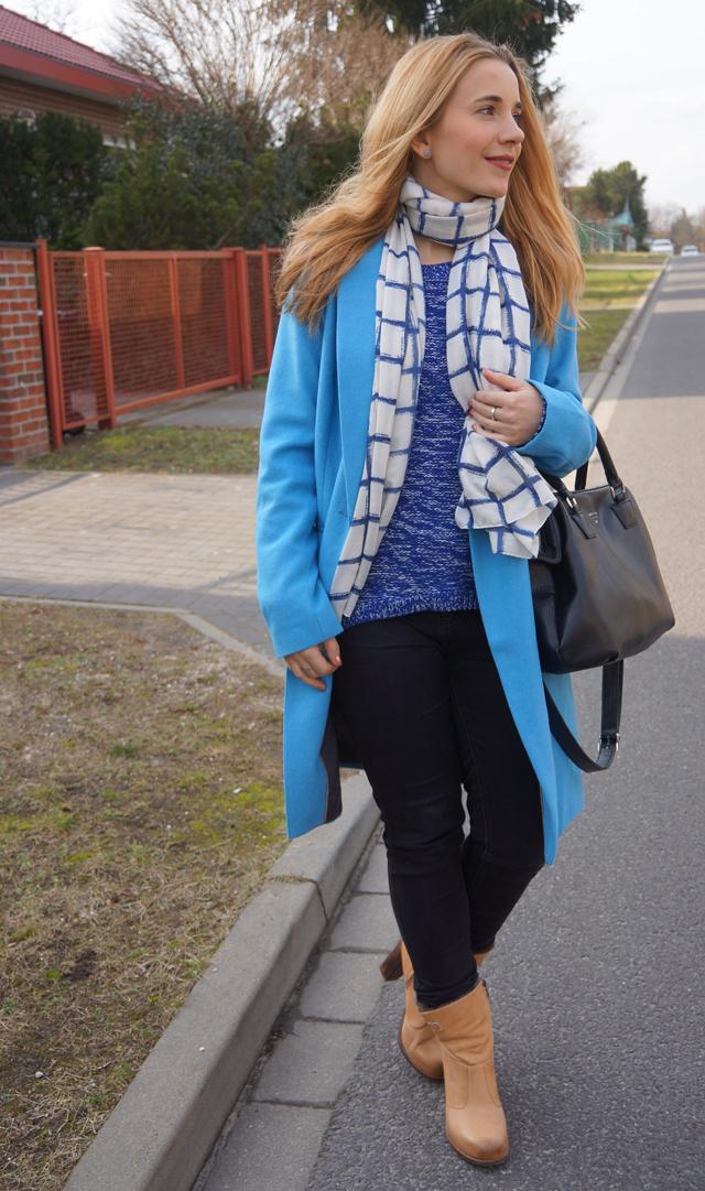 Outfit Blauer Mantel Bruno Banani 02