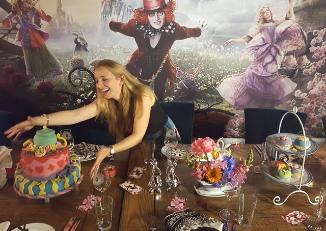 Nichtgeburtstagstisch Alice im Wunderland