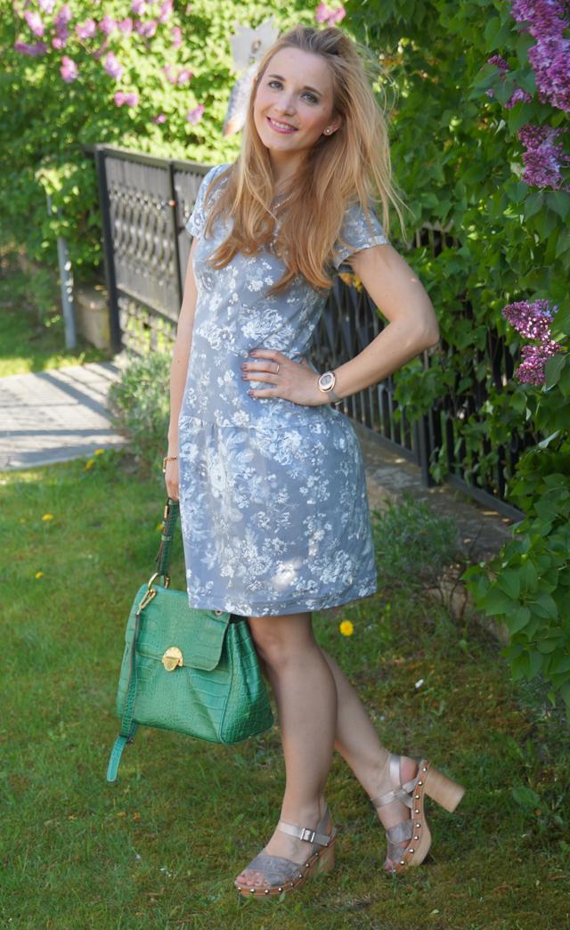Outfit Peperosa Clogs Vive Maria Smoky Rose Dress Grey 02