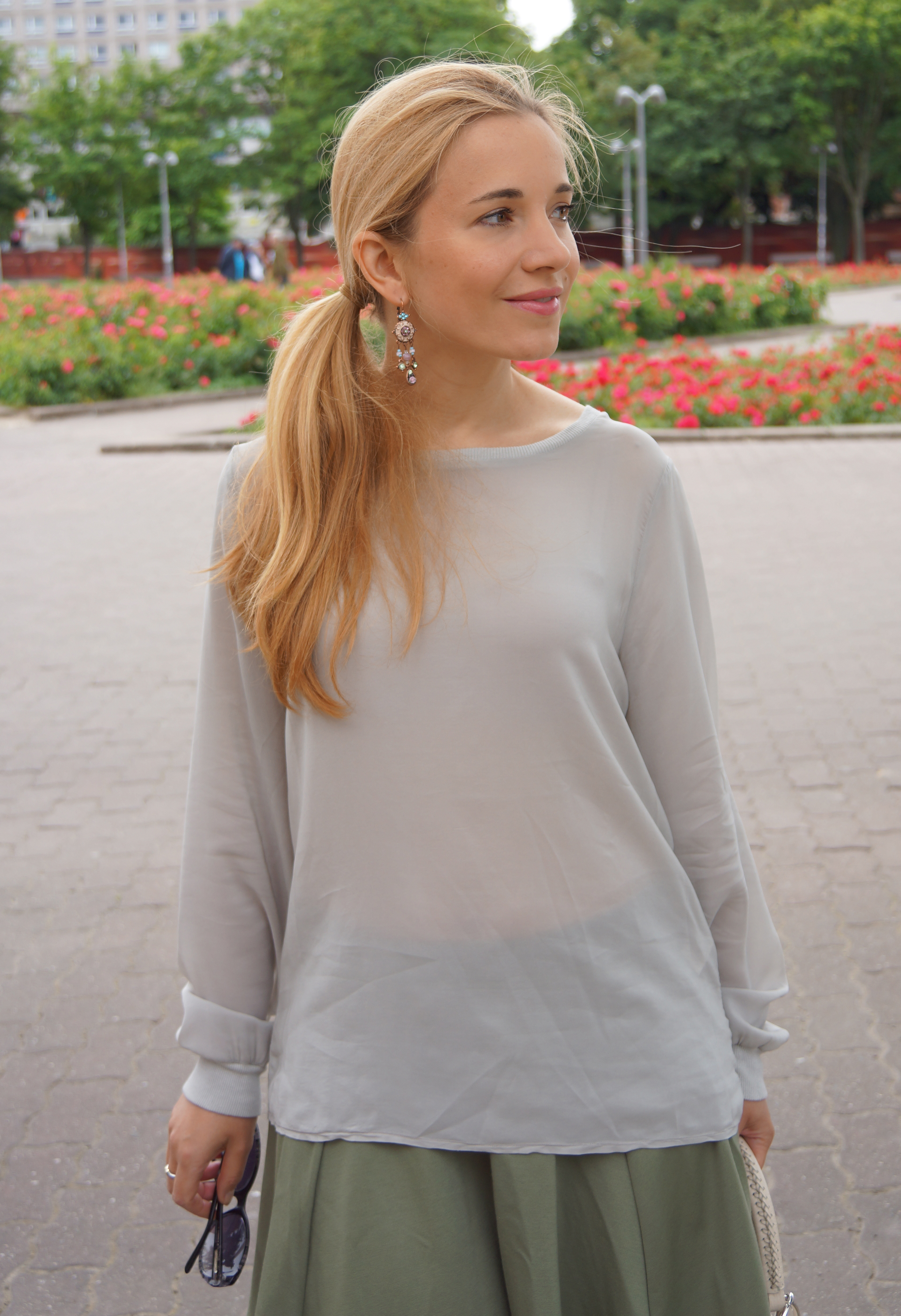 European Culture Outfit Bluse 05