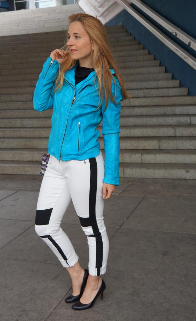 Outfit Rock Chic mit Bomboogie Lederjacke blau 07