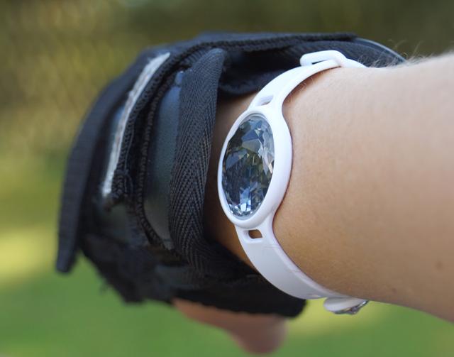 Fitnessarmband Swarovski Activity Tracking Jewelry Test 04
