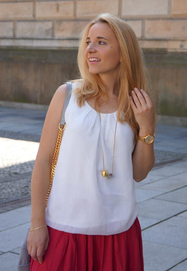 Outfit Muscheltasche Lamella Kaviar Gauche Berlin 03