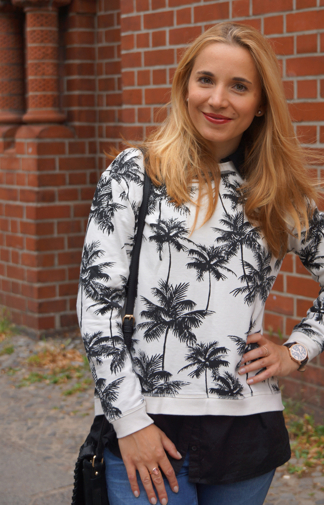 Outfit Palmen-Print-Pullover 02