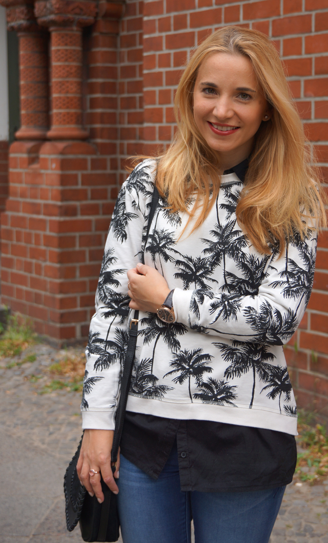 Outfit Palmen-Print-Pullover 06