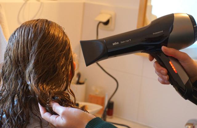 braun-satin-hair-7-sensodryer-test-01