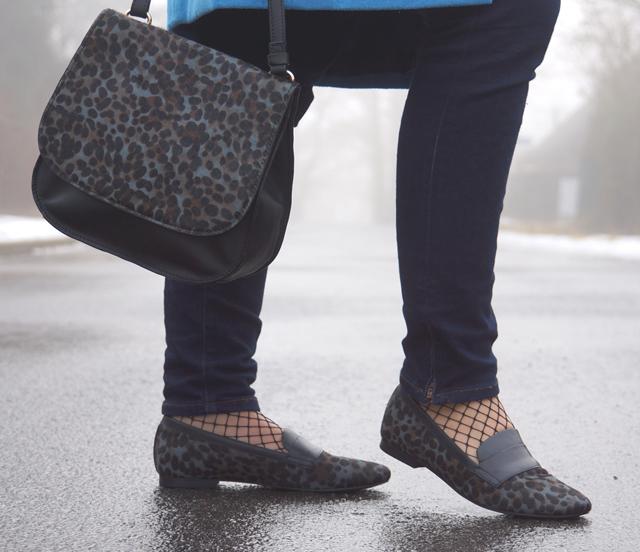 Outfit Boden Slipper Leopardenfellmuster 11