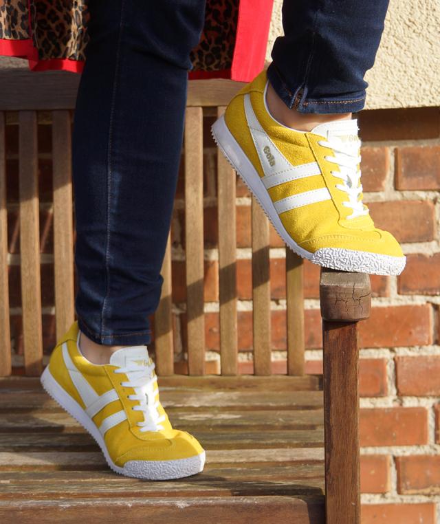 Outfit Gelbe Gola-Frühlingssneaker 04