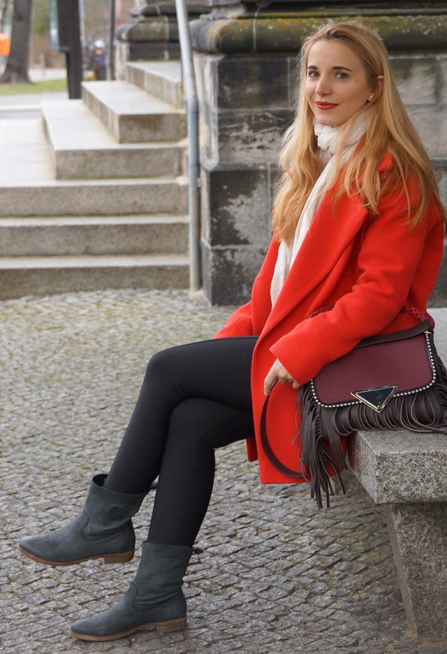 Sara Battaglia Bag Outfit 07
