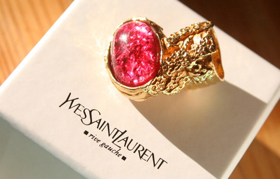 fingerring yves saint laurent arty love ring