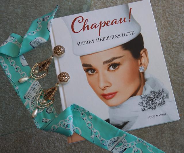 Buch CHAPEAU Audrey Hepburns Hüte Midas Collection