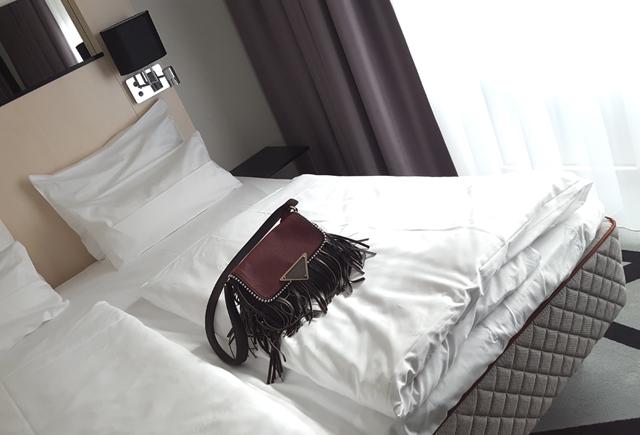 Dux Matratze Test Hotel Scandic Berlin Kurfürstendamm Bett Duxiana 5
