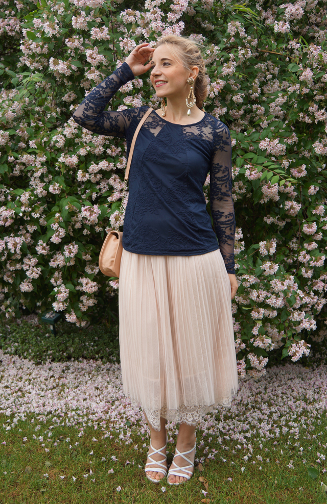 Outfit Romantic Feelings mit Spitze 09