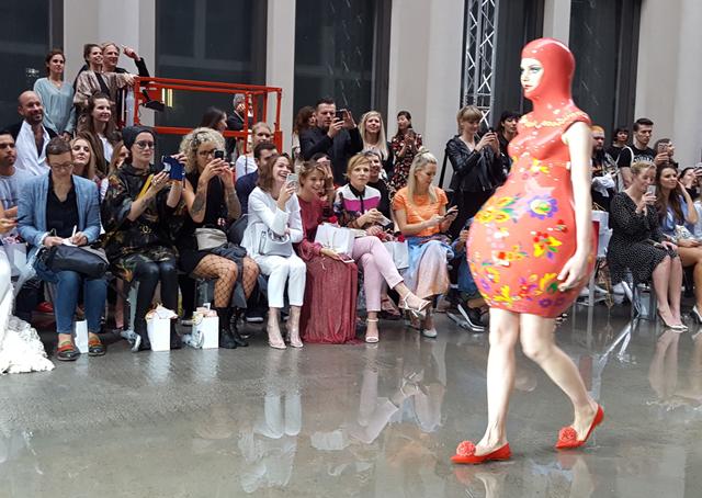 Fashionshow Marina Hoermanseder Spring Summer 2018 04