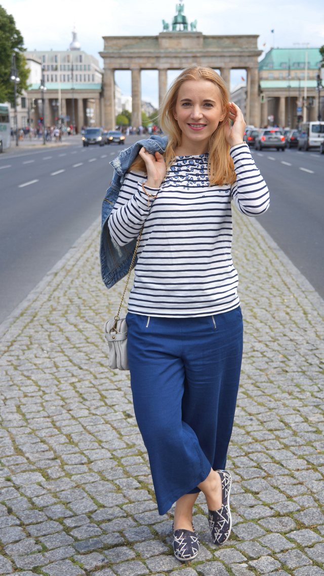 Outfit Blaue Culotte und Bretonshirt 4