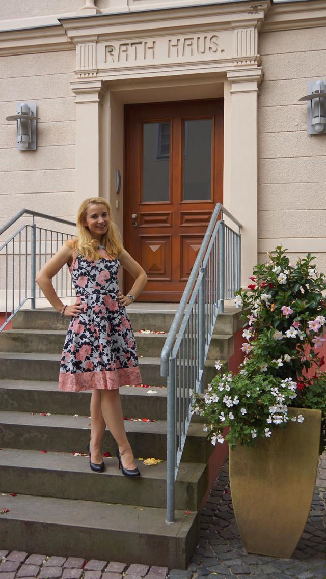 Outfit Oasis Sommerkleid 2