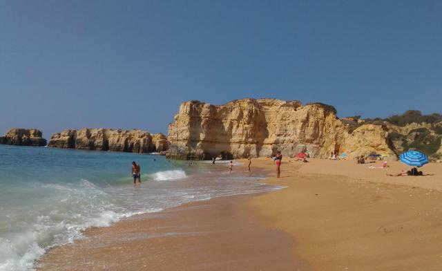Coelha Beach 01