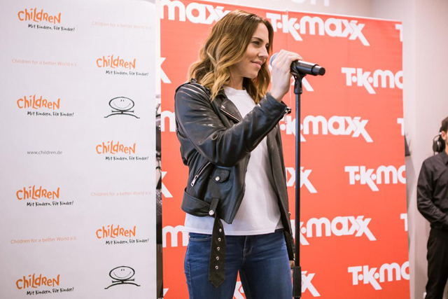 Melanie C and TK Maxx World Childrens Day 03