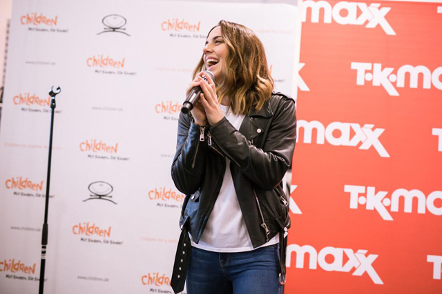 Melanie C and TK Maxx World Childrens Day 04