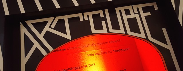 Oris Art Cube im Bikini Berlin 01